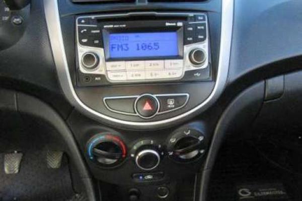 Hyundai Accent RB HB GL 1.4 año 2013