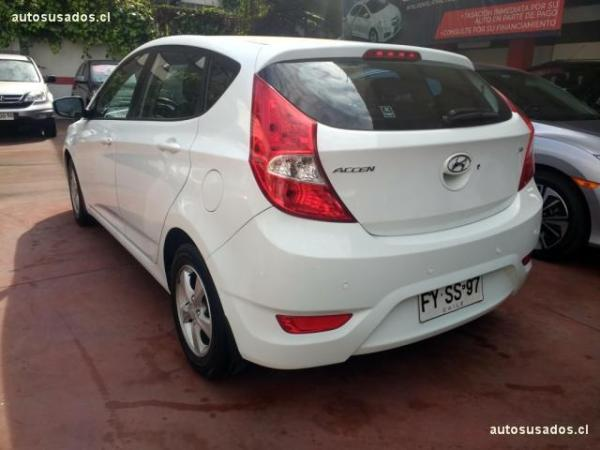 Hyundai Accent RB HB GLS 1.6 año 2013