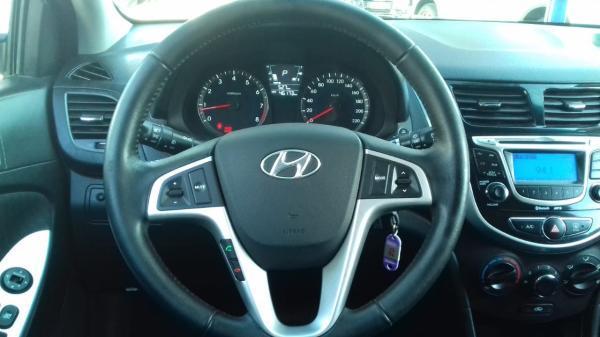 Hyundai Accent RB GLS 1.6 año 2013
