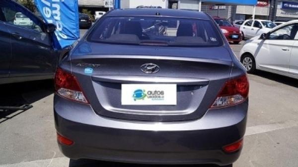 Hyundai Accent - año 2014
