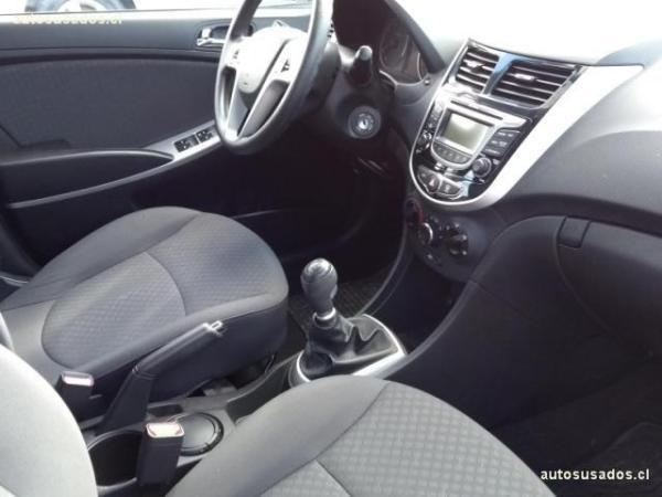 Hyundai Accent 1.4 RB GLS AC 2AB año 2014