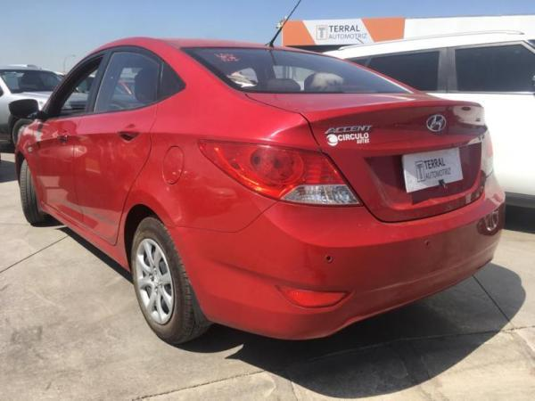 Hyundai Accent GL 1.4 año 2014