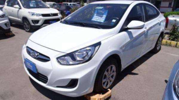 Hyundai Accent 1.4 año 2014