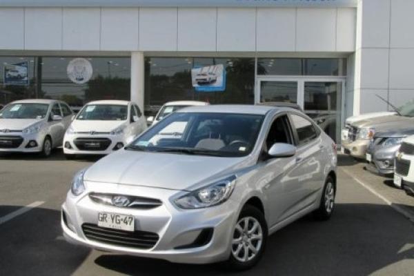 Hyundai Accent $ 7.290.000