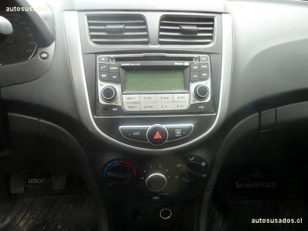 Hyundai Accent RB 1.4 GL AC año 2014