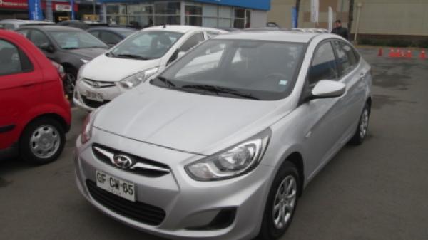 Hyundai Accent RB año 2014
