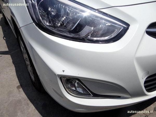 Hyundai Accent RB año 2015