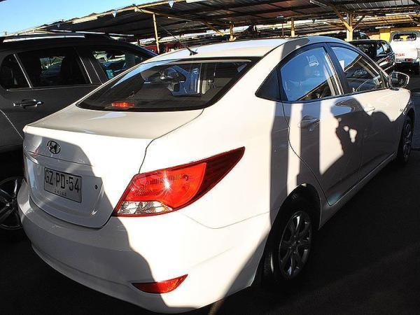 Hyundai Accent ACCENT año 2015