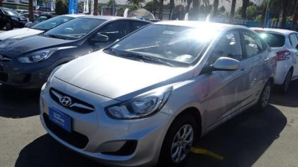 Hyundai Accent RB año 2015