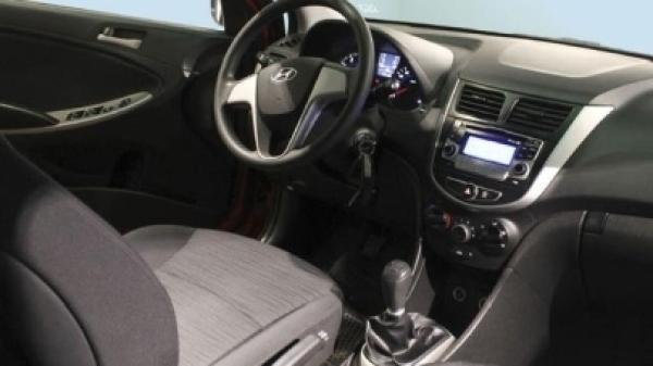 Hyundai Accent GL 1.4 S/A año 2015