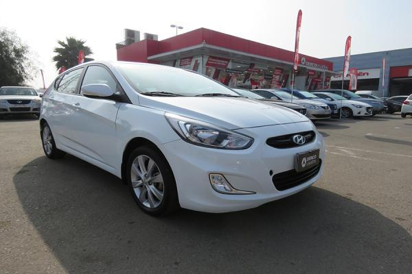 Hyundai Accent GL año 2016