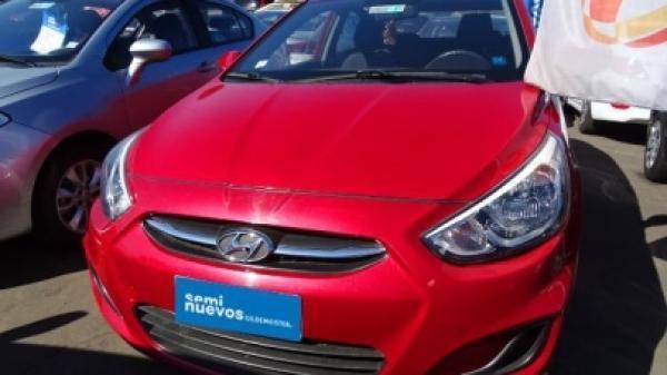Hyundai Accent RB año 2017