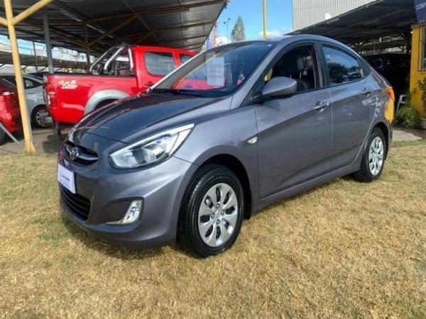 Hyundai Accent 1.4 RB GL 2AB ABS AC FL año 2017