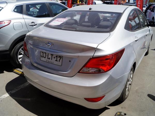 Hyundai Accent GL año 2017