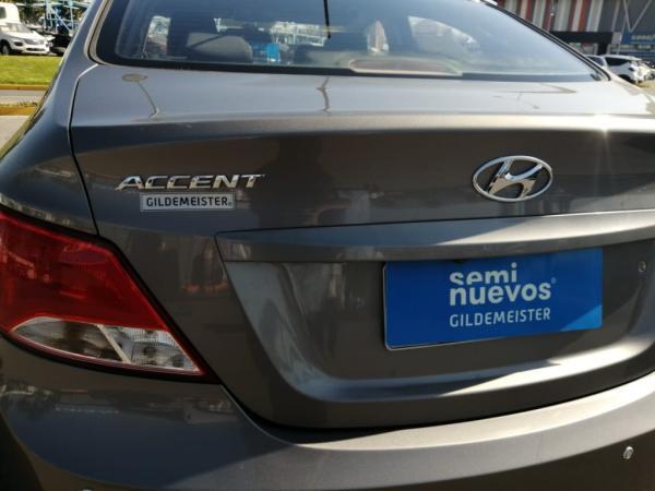 Hyundai Accent ACCENT RB SDN 1.4 6MT GL año 2018