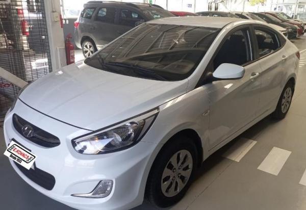 Hyundai Accent RB 1.4 año 2018