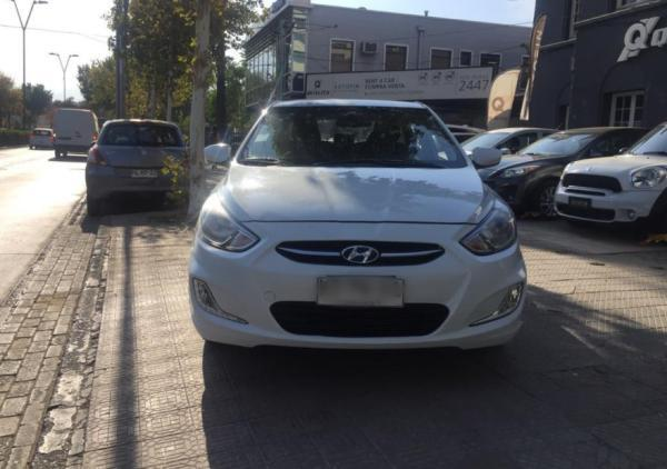 Hyundai Accent 1.4 RB Manual GL 2AB año 2018