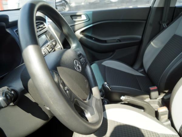 Hyundai Accent ACTIVE HB año 2019