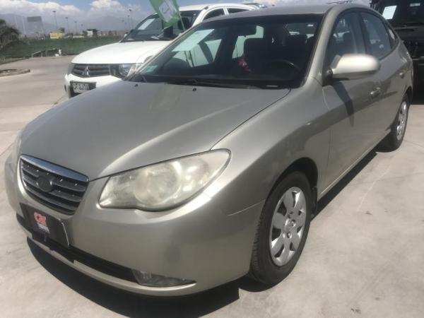 Hyundai Elantra 1.6 MT AC año 2008