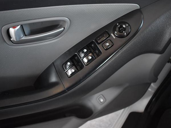 Hyundai Elantra . año 2009