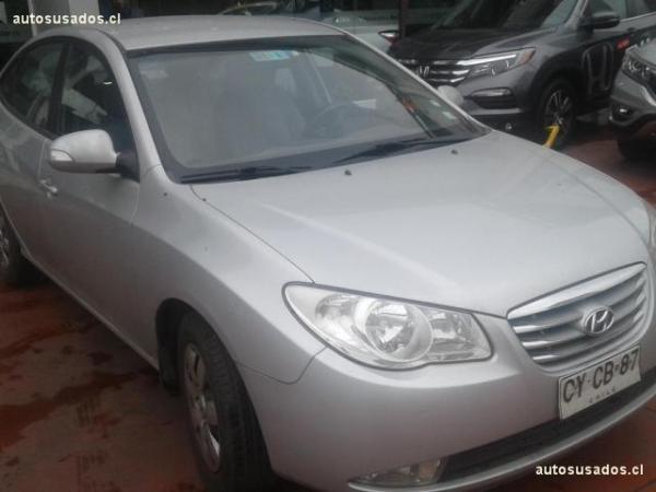 Hyundai Elantra GL año 2011
