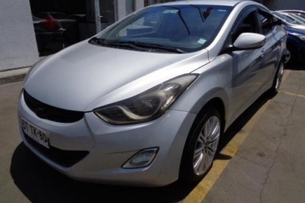 Hyundai Elantra MD 1.8 GLS AC 2AB año 2012