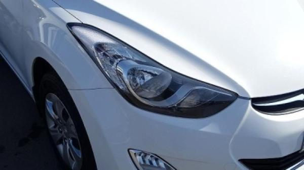 Hyundai Elantra - año 2013