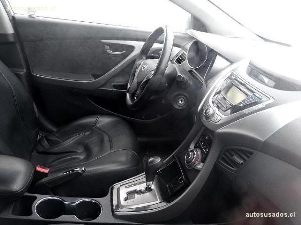 Hyundai Elantra GLS año 2013
