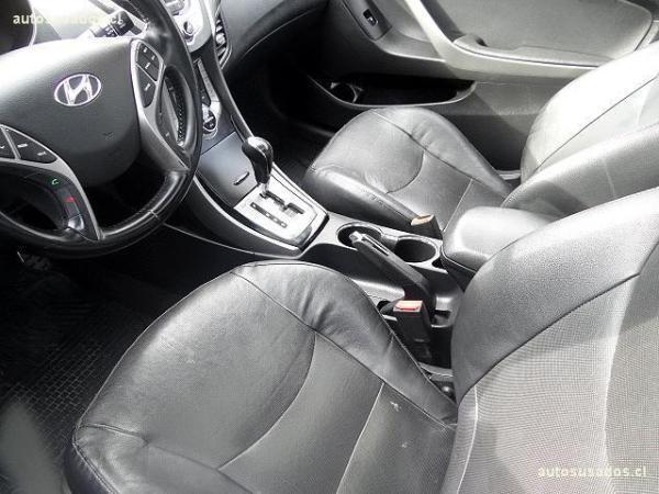 Hyundai Elantra elantra año 2013