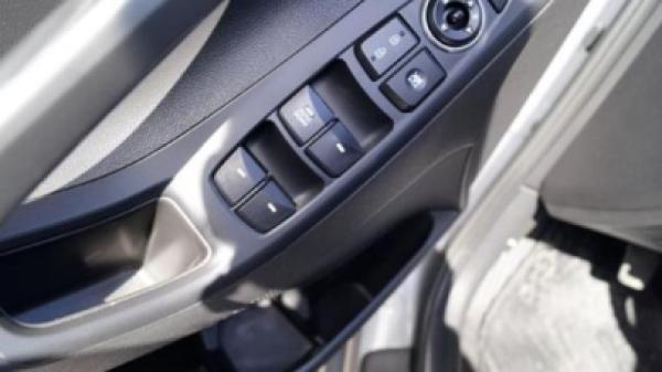 Hyundai Elantra GLS 1.6 año 2015