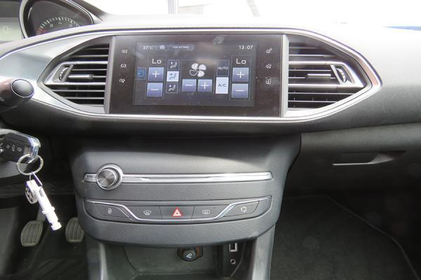 Hyundai Genesis Tramitamos su Crédito de año 2010