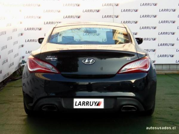 Hyundai Genesis GLS 3.8 año 2014