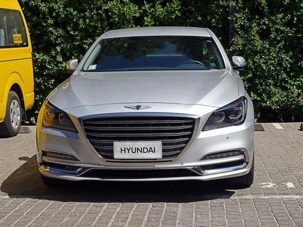 Hyundai Genesis AT año 2018
