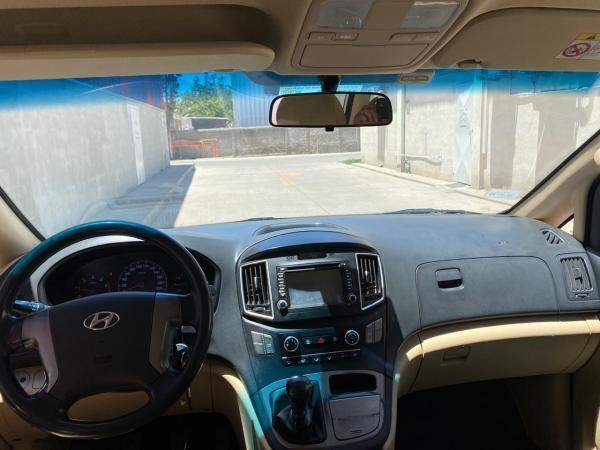 Hyundai H1 2.5 CRDI GLS NEW H1 año 2017