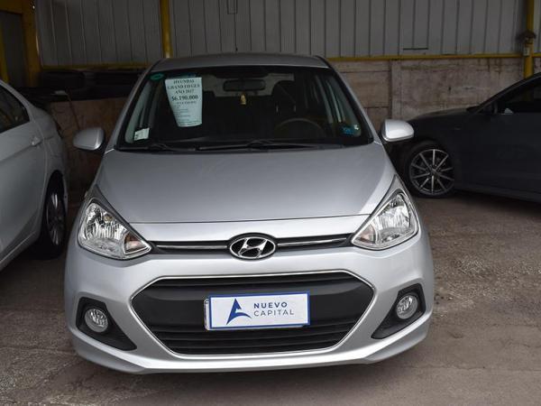 Hyundai I 10 gls año 2017