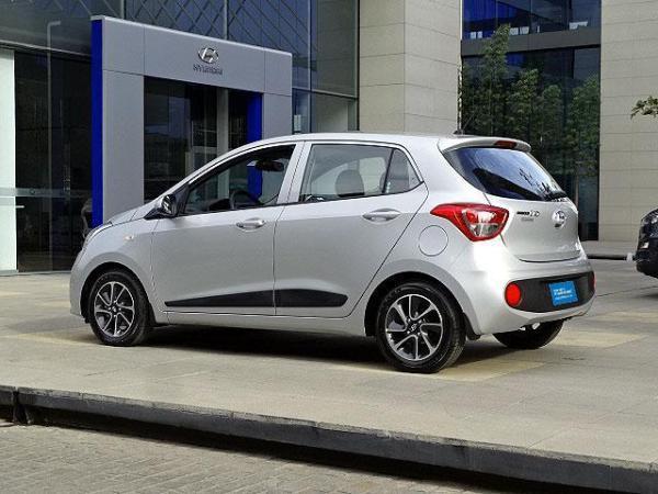Hyundai I 10 AT año 2018