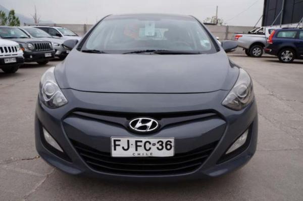 Hyundai I30 I-30 GD 5DR 1.8 6M/T GLS año 2013