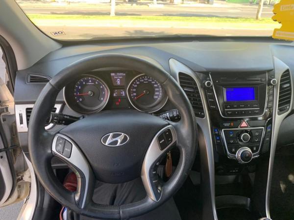 Hyundai I30 GLS 1.6 año 2013