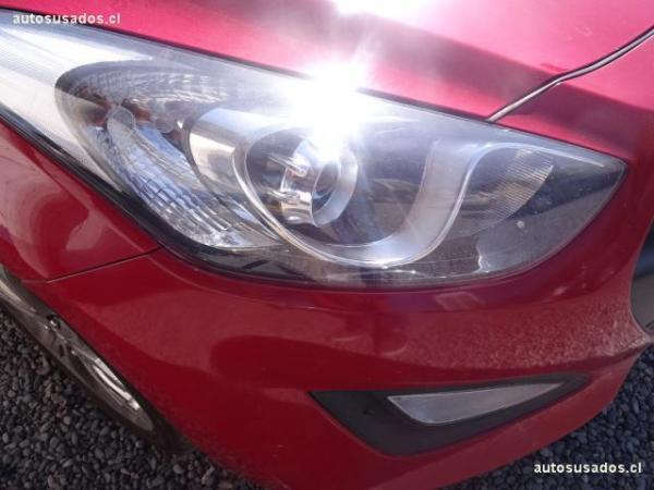 Hyundai I30 STAREX año 2013