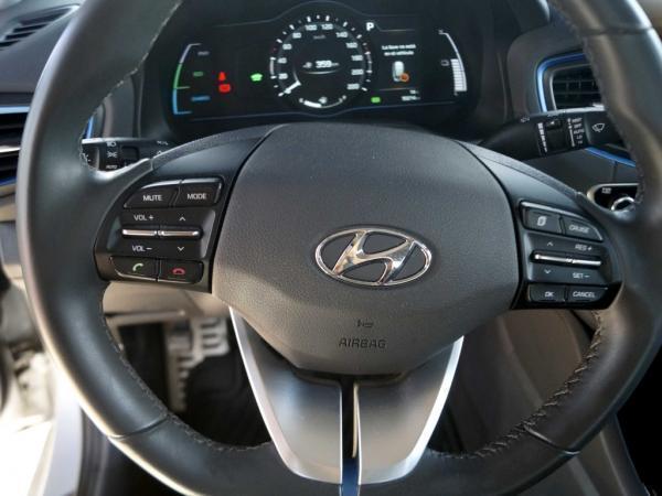 Hyundai Ioniq HYBRID año 2018