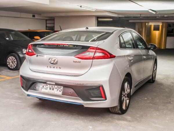 Hyundai Ioniq GLS 1.6 AT año 2018