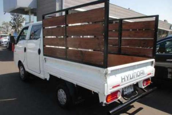 Hyundai Porter DCAB HR STD TCI 2. año 2011
