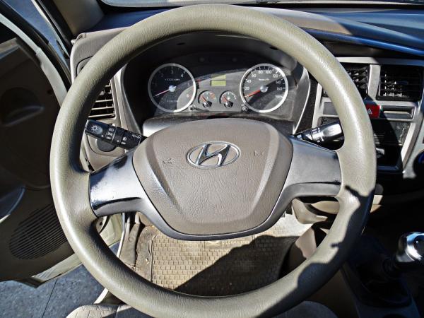Hyundai Porter D CAB HR CRDI GL 2.5 año 2016