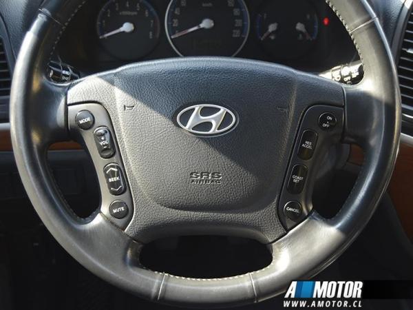 Hyundai Santa Fe Santa Fe Gl 2.7 año 2008