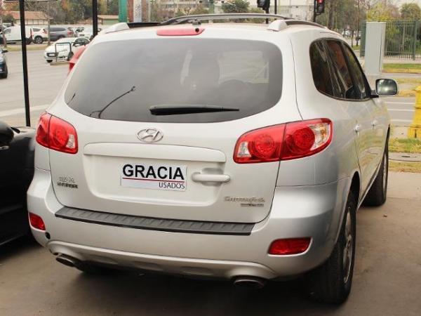 Hyundai Santa Fe V6 GL 2.7 AT año 2009