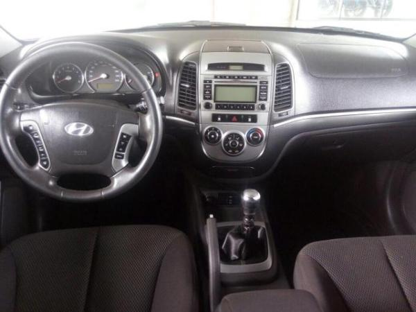 Hyundai Santa Fe GLS 4X2 2.4 año 2010