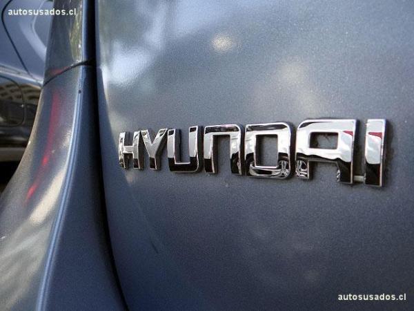 Hyundai Santa Fe GL V6 año 2010
