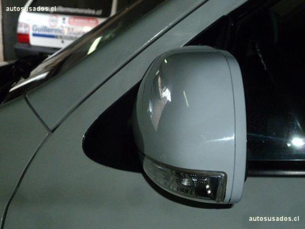 Hyundai Santa Fe GLS 2WD año 2011