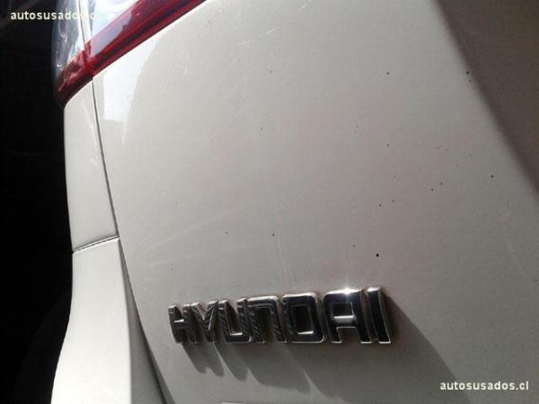 Hyundai Santa Fe GLS 4X2 año 2011