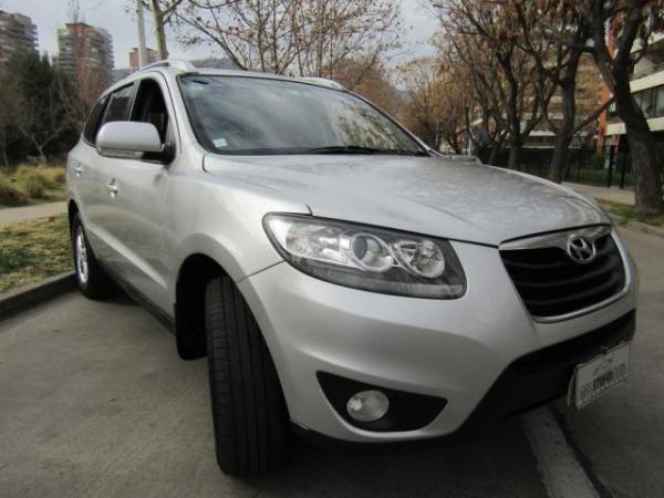 Hyundai Santa Fe GLS 2.4 4X2 año 2011